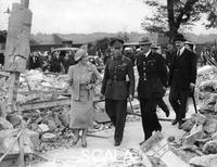 ******** Queen Elizabeth and King George VI inspecting air raid damage, World War II, 1940-1945.