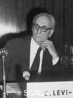 ******** Claude Levi-Strauss at a UNESCO conference on racism.