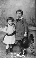 ******** Albert Einstein, (1879-1955), theoretical physicist, and his sister Maja as small children, 1880s.