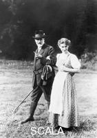 ******** Sigmund Freud with his daughter Anna at South Tyrol, 1913